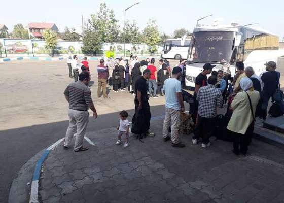 عزمیت زائران عتبات عالیات برای حضور در مراسم باشکوه اربعین حسینی(ع) از پایانه مسافربری هوشمند لاهیجان