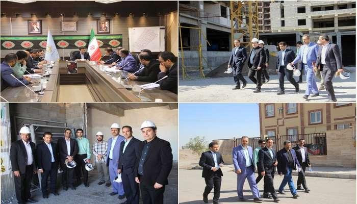بازدید رئیس اداره اعتبارات و تأمین مالی بانک مسکن کشور از پروژه های بنیاد مسکن استان قم
