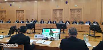 کمیته مشترک دائمی برای رفع موانع همکاریهای ایران و ترکمنستان تشکیل شد / علاقهمندی حضور ترکمنستان در کریدور شمال- جنوب از مباحث  گفت وگو شد / ایران و ترکمنستان برای توسعه حمل و نقل هوایی، دریایی و ریلی توافق کردند