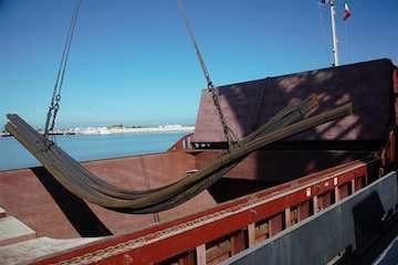 افزایش صادرات کالا از مرز دریایی امیرآباد/ صادرات میلگرد برای اولین بار از بندرامیرآباد به کشورهای حوزه CIS