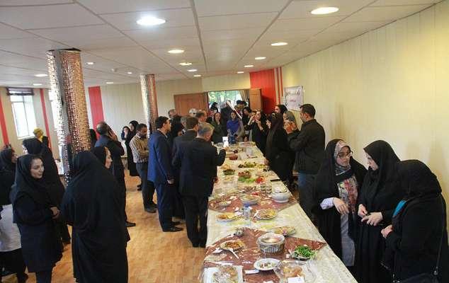 برگزاری نمایشگاه غذاهای محلی به مناسبت روز جهانی غذا