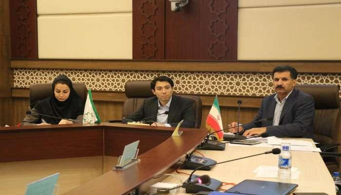 بررسی گزارش حسابرسی سازمانهای شهرداری شیراز در شورای شهر