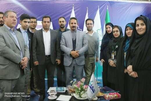 شهردار تبریز در غرفه پایگاه خبری «شهریار» حضور یافت