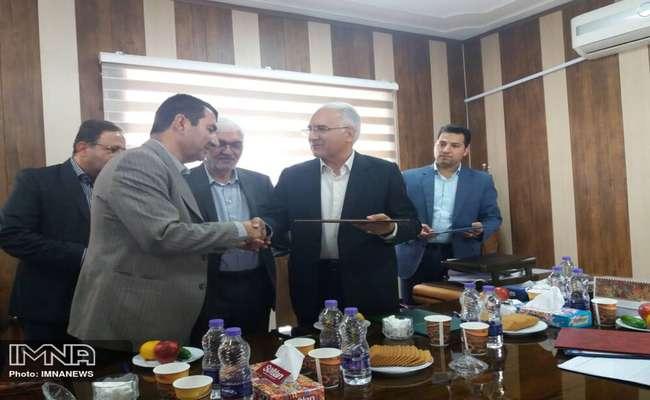اهداء دو دستگاه اتوبوس بازسازي شده به اداره كل زندان هاي استان