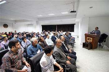 توسعه و ترویج فنون اجرای وال پست در استان مازندران