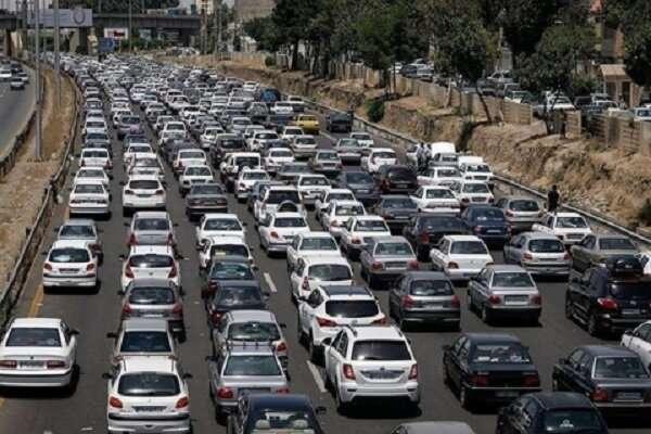 کاهش ۶.۱ درصدی تردد در جادههای کشور/ جاده هراز همچنان یک طرفه است