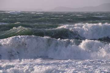 دریای عمان مواج میشود/ شناورهای سبک و نیمهسنگین از تردد خودداری کنند