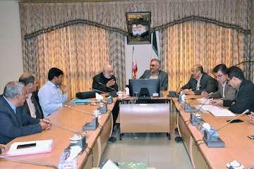 راه وشهرسازی استان بر تکمیل پروژه های نیمه تمام شرق اصفهان مصمم است