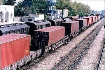۷ میلیون و ۵۳۲ هزار تن تخلیه و ۴ میلیون ۹۶ هزار تن بارگیری  راهآهن هرمزگان در هفت ماه نخست سال ۹۸