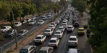 ترافیک نیمهسنگین بین تهران و قزوین/ هراز و کندوان فردا یکطرفه میشود