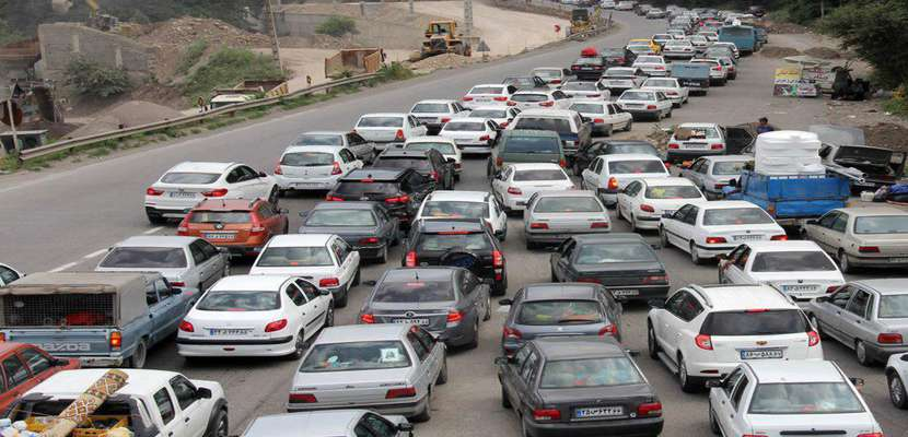 ترافیک در محورهای کرج- چالوس و هراز/ بارش باران در برخی محورهای استان خراسان رضوی و تهران