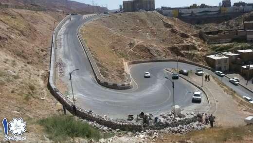تداوم اجرای پروژه پایدارسازی ترانشههای احمد آباد و ملازینال