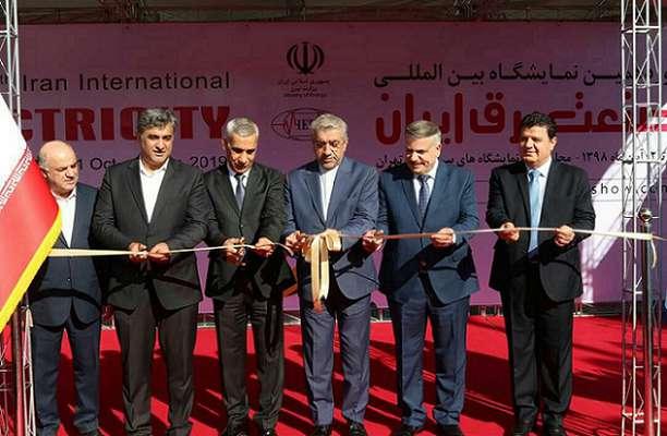 با حضور وزرای نیرو و برق ایران و سوریه؛ نوزدهمین نمایشگاه بینالمللی صنعت برق ایران آغاز به کار کرد