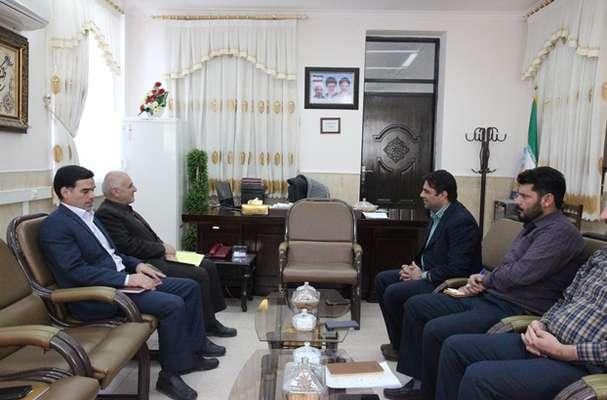 دیدار مدیرعامل برق منطقهای یزد با فرماندار و امامجمعه بهاباد