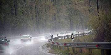 باران در محورهای شمالی و ترافیک در هراز/انسداد محور گرگان-آققلا