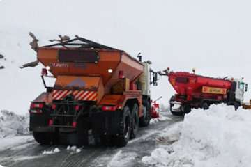 ماشینآلات مدرن نقش موثری در اجرای راهداری زمستانی دارند