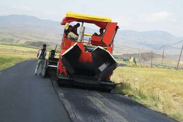 بهسازی و آسفالت ۲۵ کیلومتر از محورهای مواصلاتی شهرستان مرزی اصلاندوز