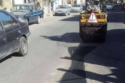 اجرای ۱۰تن آسفالت ریزی و لکه گیری در خیابان ملازینال