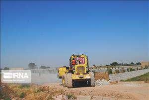 تخریب ساخت وسازهای غیرمجاز در چهار هکتار از باغ مرکبات دزفول