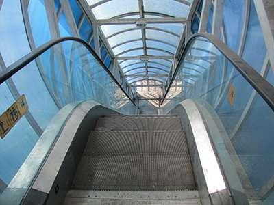 ساعت فعالیت آسانسور و پله برقی پل ترمینال آزادگان تغییر یافت