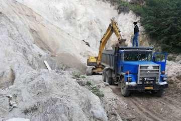 بهسازی و آسفالت راه روستایی شهرستان رامسر