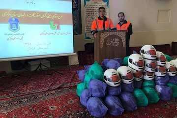 طرح ارتقای ایمنی راکبان موتور سوار در شهرستان فراهان اجرا شد