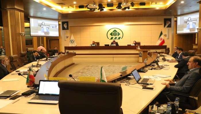 مصوبات یکصد و نهمین جلسه صحن علنی شورای شهر شیراز/ اصرار شورا بر مصوبه ساماندهی دکلهای مخابراتی