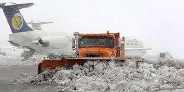 ابلاغ دستورالعمل عملیات زمستانی در فرودگاه مهرآباد/دید پرواز فعلا مناسب است