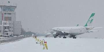 آمادهباش فرودگاههای کشور برای مقابله با برف/ فرودگاههای معین تعیین شد