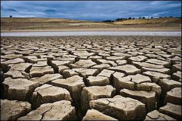 بارش خوب باران در یکسال کمبود آب را جبران نمیکند/ تداوم خشکسالی در جنوب کشور