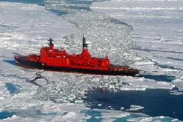 روسیه به مسیرهای دریایی قطب شمال چنگ اندازی میکند