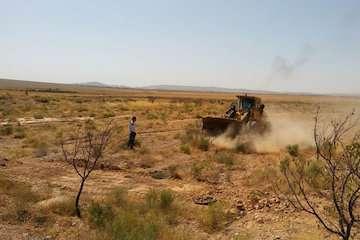 رفع تصرف ۹۲۰۰ متر مربع  از اراضی ملی در شهر زاهدان