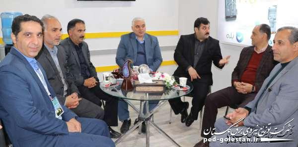 بازدید استاندار و مدیران کل استانی از غرفه شرکت توزیع نیروی...