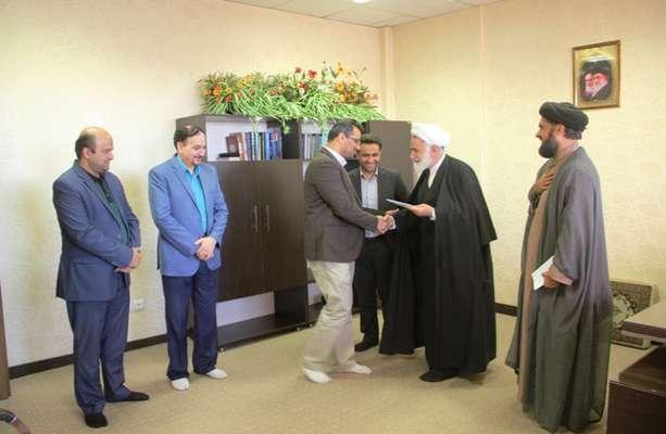 نشست ستاد اقامه نماز استان  با حضور حجت الاسلام روحانی نژاد مسئول دفتر نمایندگی ولی فقیه در استان