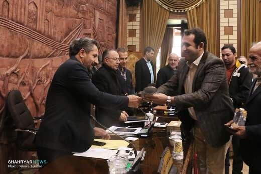 تجلیل شورای اسلامی شهر تبریز از دو خانواده اهدا کننده عضو