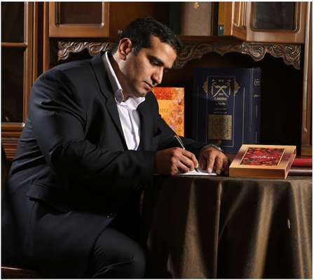 اجرای طرح اهدای کتاب در گرامیداشت هفته کتاب و کتابخوانی