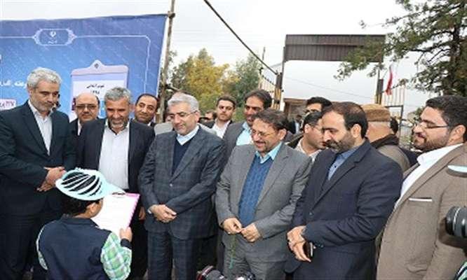 یازدهمین جشنواره نخستین واژه  آب  و پویش الف – ب ایران با حضور وزیر نیرو در استان سمنان برگزار گردید