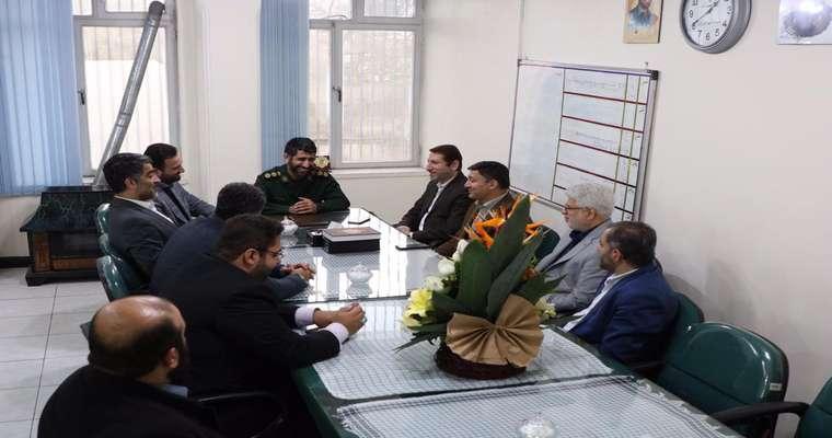 دیدار اعضای شورا با فرمانده سپاه ناحیه رشت در هفته بسیج