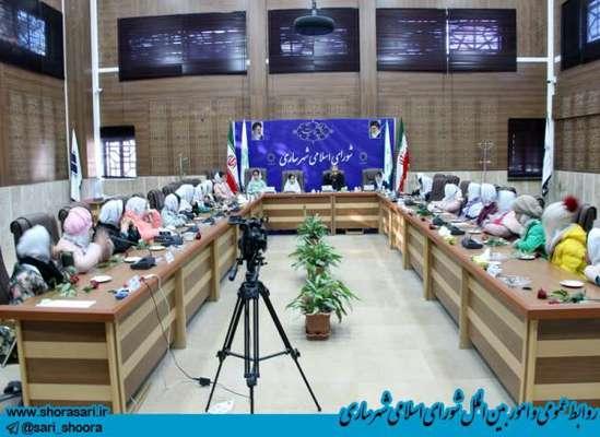 حضور  دانش آموزان دبستان اسوه 2 در شورا برای آشنایی با پارلمان شهری