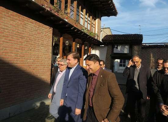 بازدید استاندار گیلان ، شهردار رشت از خانه میرزا کوچک خان جنگلی