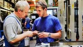 رشتههای فنی در اولویت اعزام نیروی کار به خارج