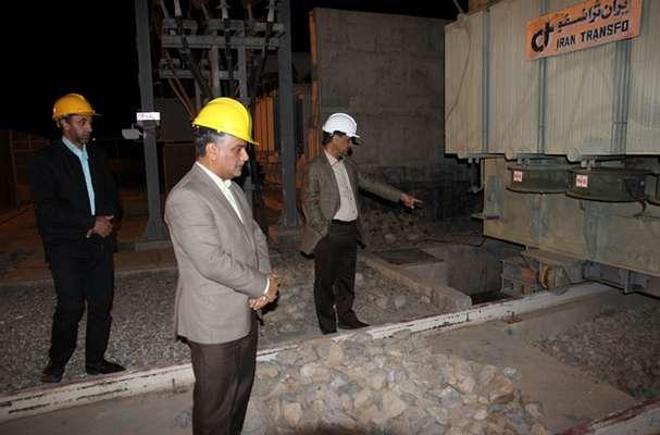 دیدار شبانه با کارکنان برق منطقهای یزد در پستهای برق شهرستان تفت