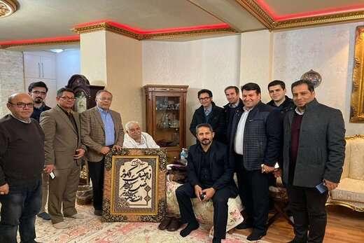 عیادت شهردار تبریز از هنرمند پیشکسوت