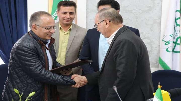 تفاهمنامه دوستی بین شهرداری تبریز و کاشان امضا شد