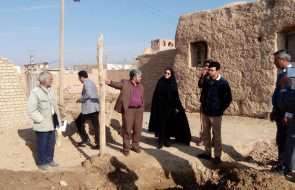 بازدید بخشدار مرکزی خلیل آباد از عملیات تعویض شبکه روستای حسین آباد
