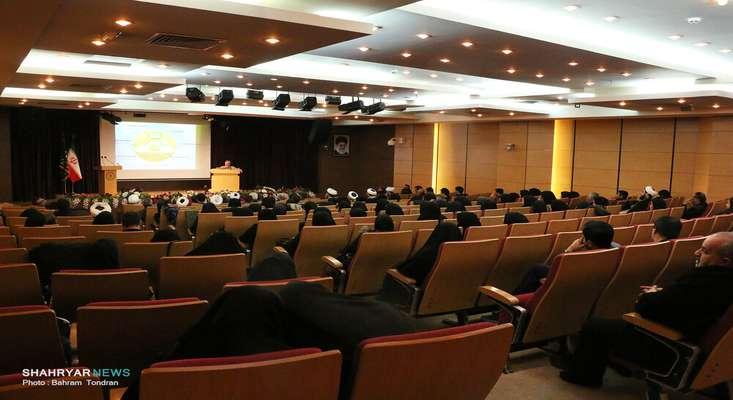 طرحهای عملیاتی نشستهای تخصصی همایش گام دوم انقلاب آماده سازی میشود