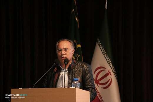 اقتصاد دولتی به بخش خصوصی واگذار شود/ راه اندازی کمپین های ششمرحله فرهنگ شهروندی در تبریز