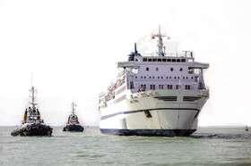 کشتی مسافری باری بوشهر- قطر، آماده حرکت