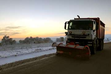 جادههای آذربایجان شرقی مهآلود و لغزنده/ رانندگان چراغهای خودرو را در مه روشن کنند