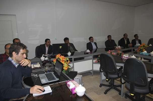 ارائه پروژه ساخت برجهای رده ولتاژی ۶۳ کیلوولت در برق منطقه ای یزد